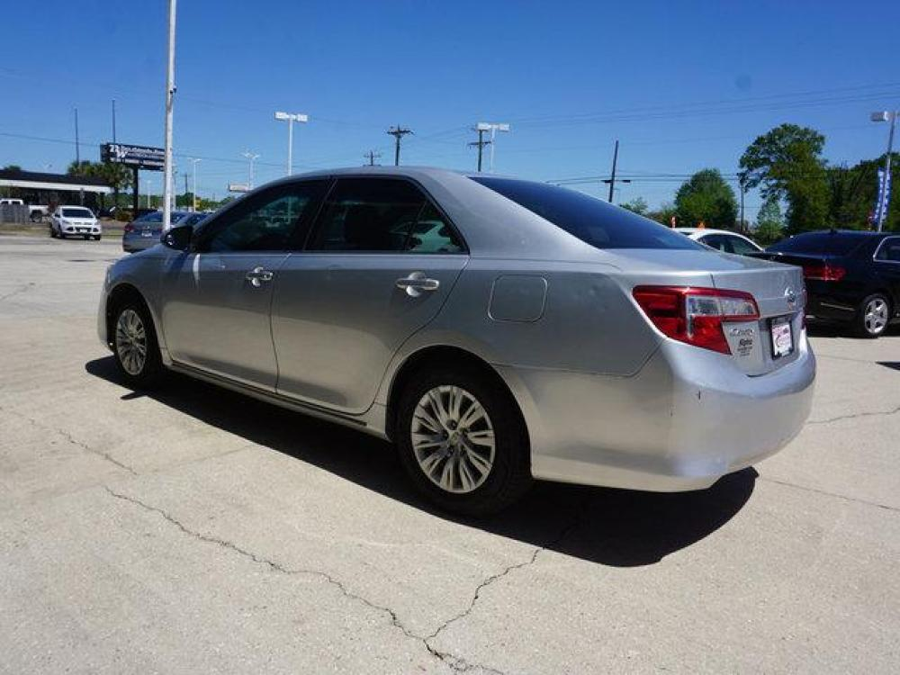 2013 Silver Toyota Camry (4T4BF1FK9DR) with an 2.5L 4Cyl engine, Automatic transmission, located at 6904 Johnston St., Lafayette, LA, 70503, (337) 988-1960, 30.143589, -92.100601 - Photo #5