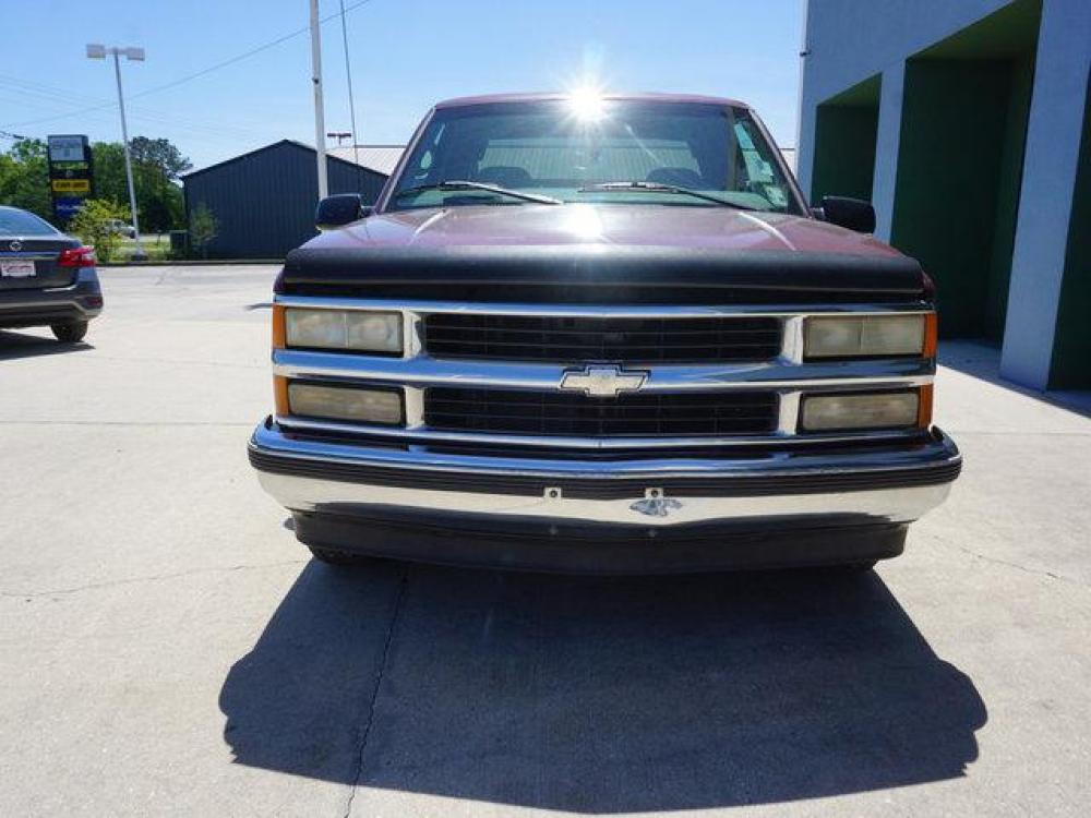 1999 Red Chevrolet C1500 (1GCEC19R4XR) with an 5.7L V8 engine, 4 Spd Automatic transmission, located at 6904 Johnston St., Lafayette, LA, 70503, (337) 988-1960, 30.143589, -92.100601 - Photo #2